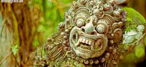 Tempel Figur auf Bali