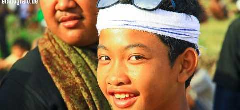 Junge auf Bali