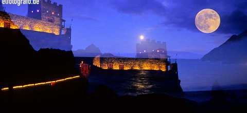 Castillo del Mar bei Nacht auf La Gomera