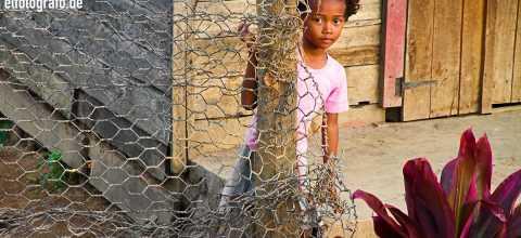 Kind auf Madagaskar