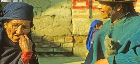 Alte Frauen in Südamerika